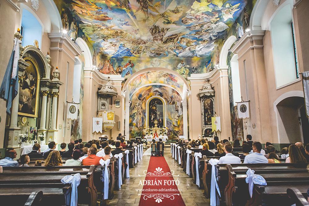 templomi esküvő fotó Ráckevén