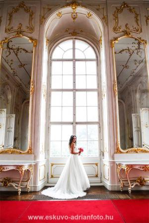 esküvői fotó a Gödöllői Kastélyban