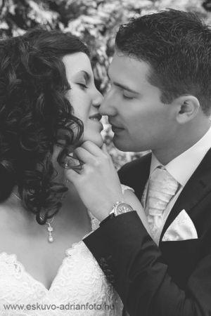 esküvői beállított fotó